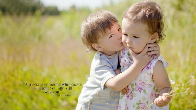 http://4.bp.blogspot.com/-GGVuBIywCEY/UpxqKDhTcKI/AAAAAAAAAc4/-9qEZkmWPTU/s1600/Cute-Boy-Kissed-Her-GirlFriend-At-Friendship-Day-HD-Wallpaper.jpg